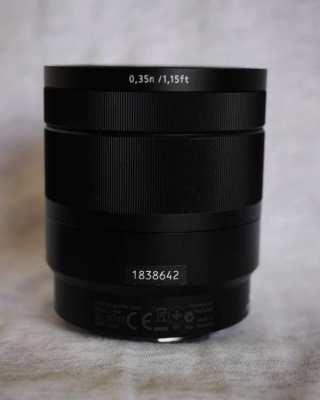SONY Carl Zeiss Vario-Tessar T* E 16-70mm F4 ZA OSS SEL1670Z Lens