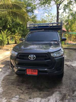 New Toyota Pick up 1,500km  40,000Baht Down with1st class insurance