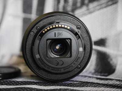Sony E 18-50mm F4-5.6, 16-50mm f3.5-5.6 PZ OSS SELP1650 Silver lenses
