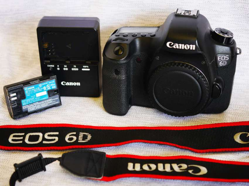 Canon EOS 6D Wi-Fi Full-Frame Black Body Digital Camera