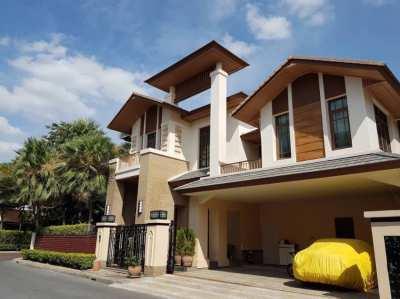 Superluxury House, Corner location Next to Tree Tunnel  Prime Sukumvit