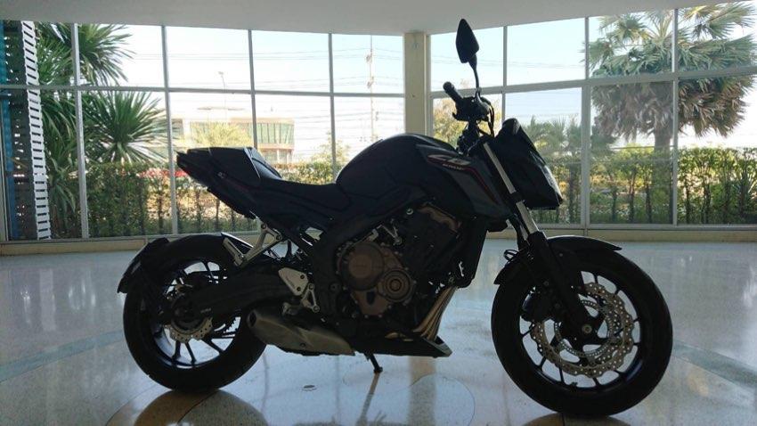 Honda CB650F - As New- Perfect Condition - 4,040km