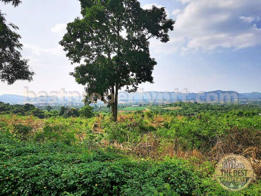 Land 43 Rai (68,800 sq.m.) in Ban Tao Than, Sattahip