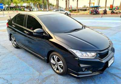 Honda City 1.5 SV- Crystal Black