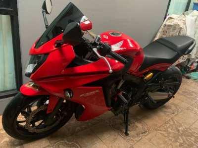sales Honda CBR 650R red color