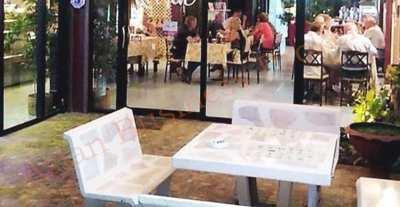 5007045 Corner Sport Bar and Restaurant in Hin Lek Fai, Hua Hin