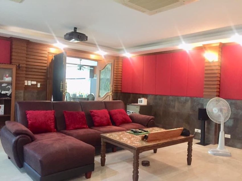 Private House For Rent with Pool in Siam Country Club