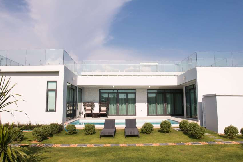 Amazing price in new luxury pool villa project next to mabprachan lake