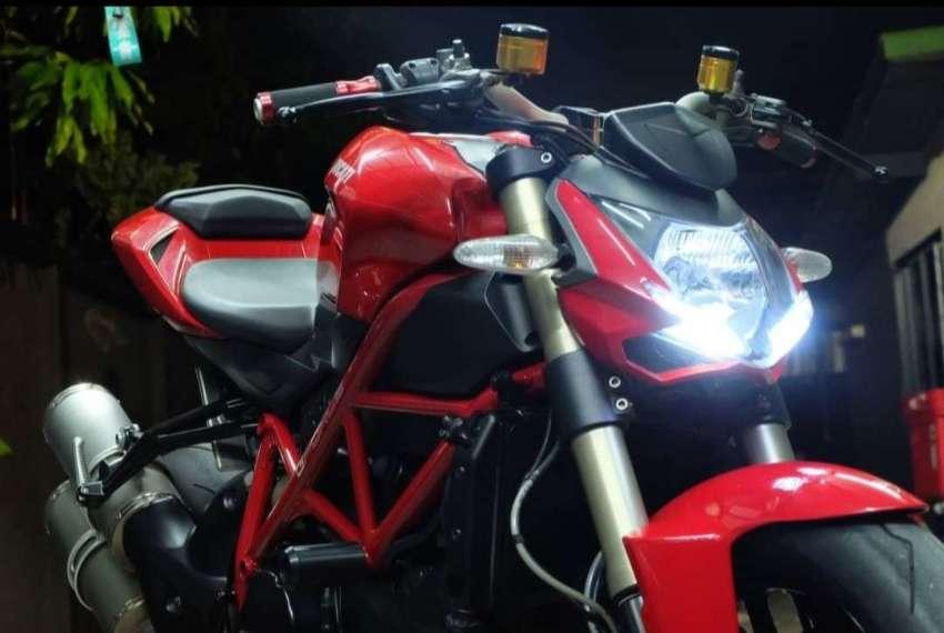 Ducati Street Fighter 848