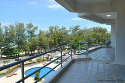 Large balcony (28 sqm) in this 2 bedroom beach condo in Rayong!