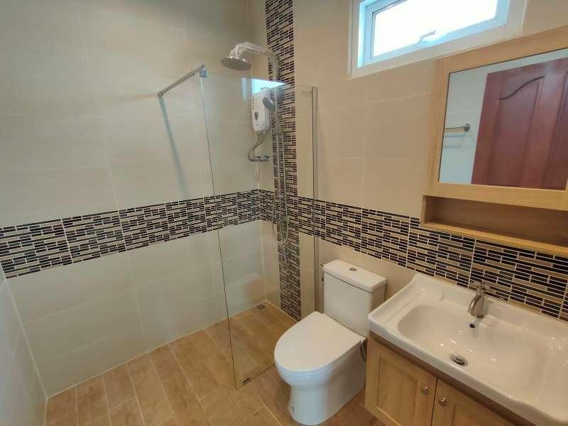 Hot! New Quality German Built 2 BR 2 Bath Pool Villa Near Cha-am Beach