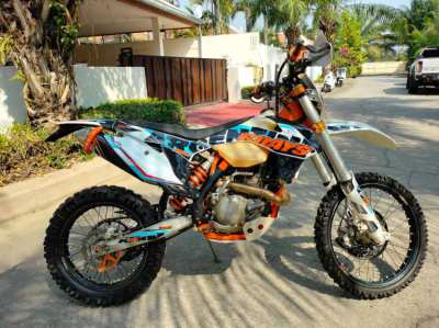 KTM 500 EXCF - In excellent condition with green book & tax