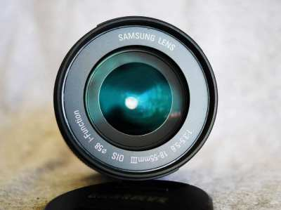 Samsung 18-55mm f3.5-5.6 III OIS lens NX mount Zoom Black lens Mark 3