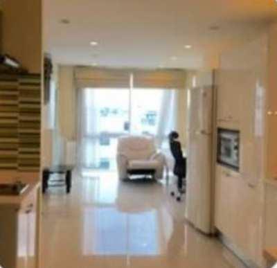 Fully furnished condominium: for Sale Near BTS Wong Wien Yai