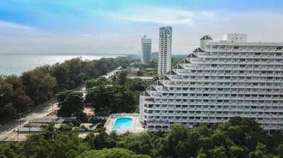 Beach condo in Rayong Condochain on Mae Ramphueng beach! 699,000 THB