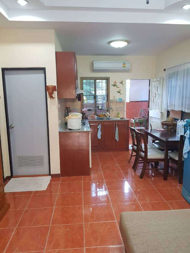 2 Bed 2 Bath Great Location In South Pattaya.