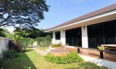 House for rent near Rimping super MeeChock plaza.