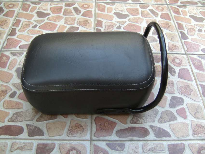 Royal Enfield Classic Pillon Seat and Rear Passanger Carrier 3 Items