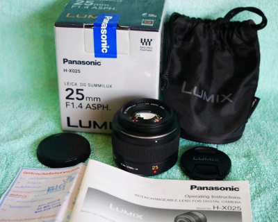 Panasonic LUMIX G Leica DG Summilux 25mm f/1.4 ASPH Lens in Box