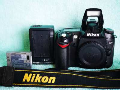 Nikon D D90 DSLR Camera Body