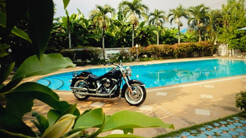 Harley Davidson Softail Deluxe last Import from USA Milwaukee RARE