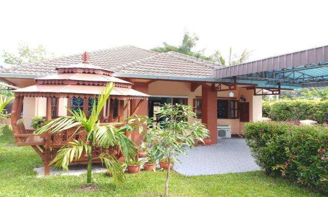 House for rent/sale with private swimming pool
