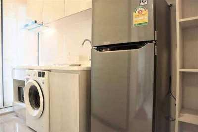 Life Asoke Luxury Condo Special Price High Floor 1 Bedroom Unit