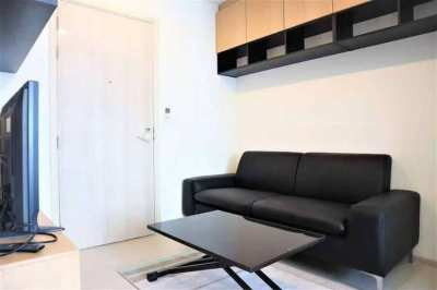 Life Asoke Luxury Condo Special Price High Floor 1 Bedroom Unit