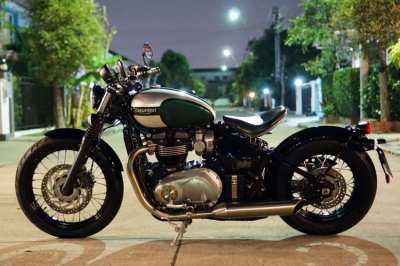 [ For Sale ] Triumph Bonneville Bobber ปี 2017 Only 4,2xx km...!!!