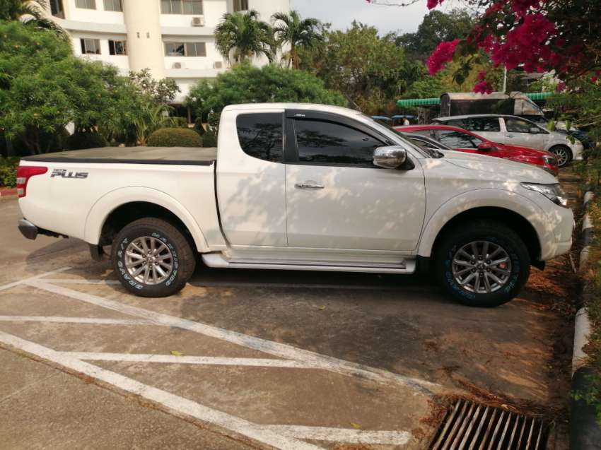 Mitsubishi triton mega cab plus AT for sale
