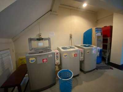 เครื่องซักผ้าพร้อมตู้หยอดเหรียญ มือ 2