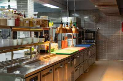 Profitable well known & popular restaurant business in central Pattaya
