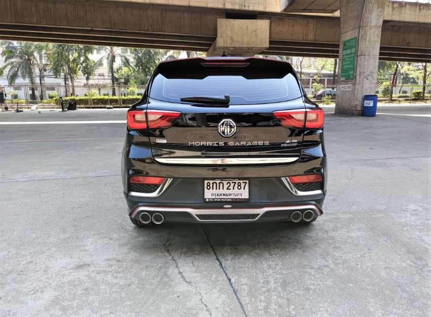2018 MG ZS 1.5 X SUNROOF i-smart  //  499,000