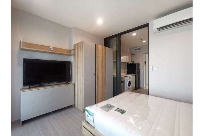 Special Price Studio Unit at Life Sukhumvit 62 Luxury Condo for Rent