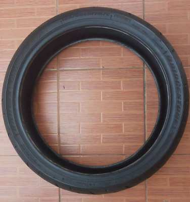 Bridgestone Battlax Front Tyre 120/60ZR17