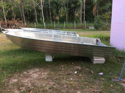 Brand new 15 foot aluminium fully welded V-bottom boat with floor  New