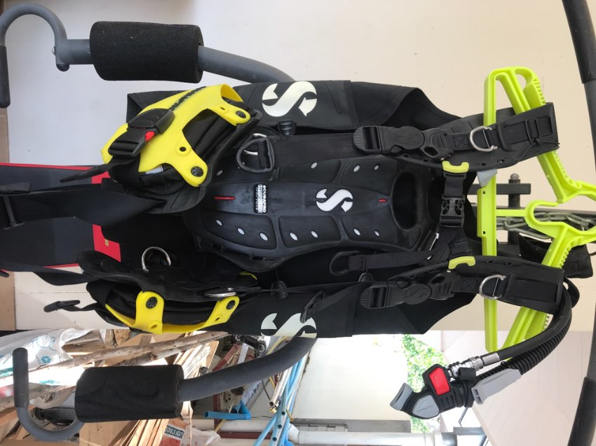 Scubapro Hydros Pro BCD * Price Reduced*