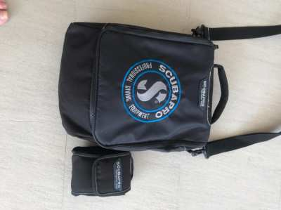 *Price Reduced* Brand new condition Scubapro and Mares Regulator Bags