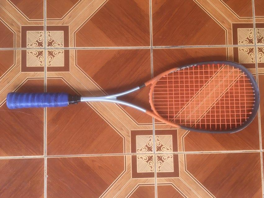 Squash Racquet. Very good condition. Head Ti.180G.