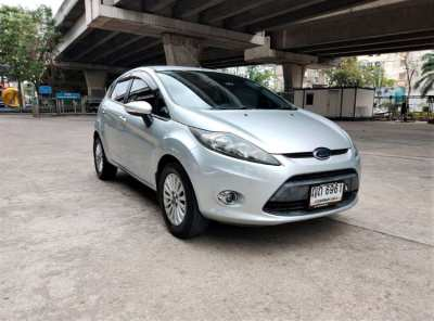 2011 FORD Fiesta 1.6 TREND AT  //  169,000
