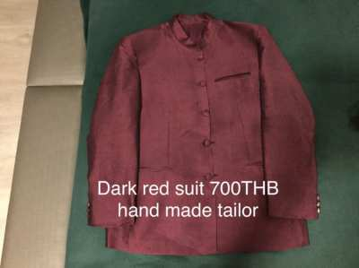 4 menswear and 2 Thai silk suits (price reduced)