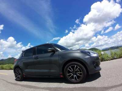 2018 Suzuki swift glx navi for sale