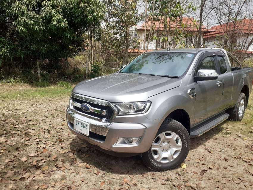 LOVELY 'All NEW' original XLT 2+2 AUTOMATIC 2016  ,only 40,000 MILES !