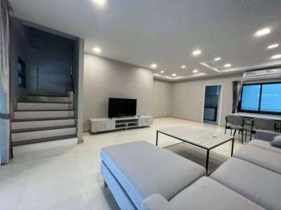 The Lake Villa Resort 3BR Villa 150 sqm for Rent