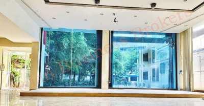 0149186 4 Storey Stand Alone Building in Sukhumvit's Soi near BTS