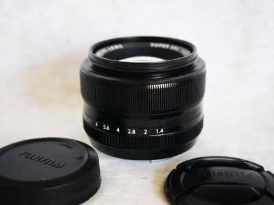 Fuji Fujinon XF 35mm F/1.4 R Super EBC Black Prime Lens 35mm f1.4