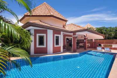 For sale, 3 Bedroom Villa, 5 minutes from the Beach