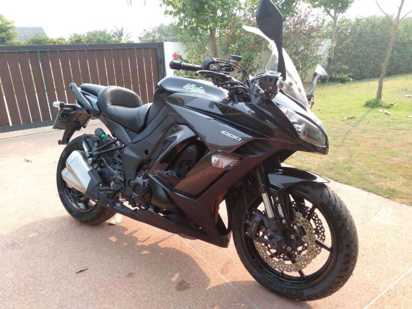 2015 Kawasaki Ninja 1000 Price drop 295,000 baht
