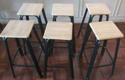 FOR SALE - 6 STOOLS METAL AND WOOD