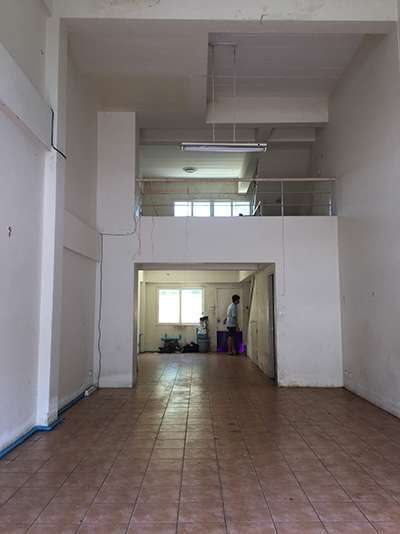MT-0249 - Commercial building for rent with 3 bedrooms, 4 bathrooms